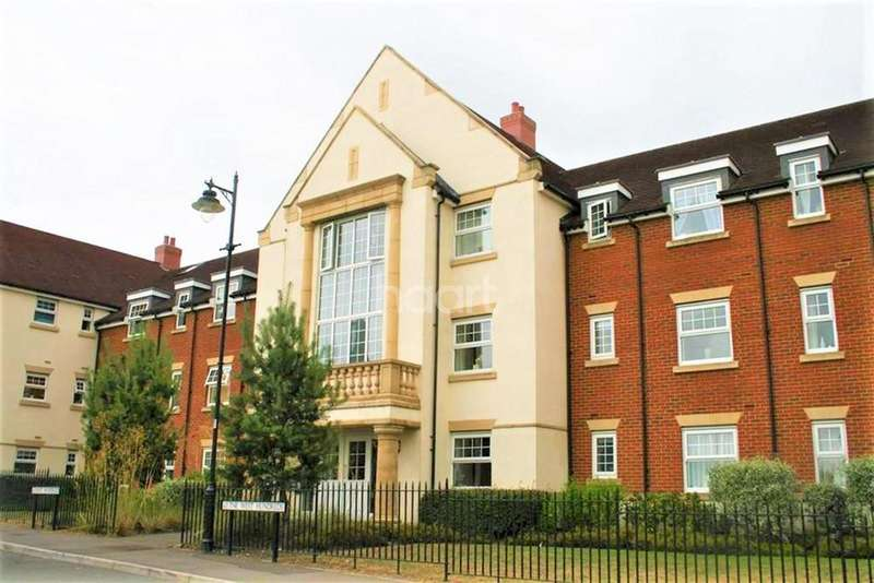 2 Bedrooms Flat for rent in Bromfield Place