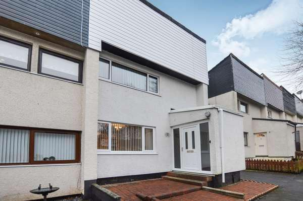 3 Bedrooms Terraced House for sale in 17 Wellwood, Kilwinning, KA13 6NG