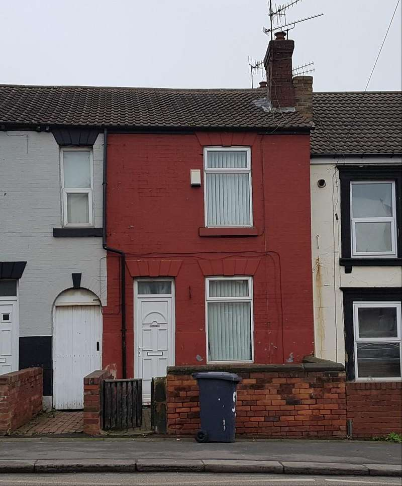 2 Bedrooms Terraced House for rent in Rawmarsh Hill, Parkgate, Rotherham