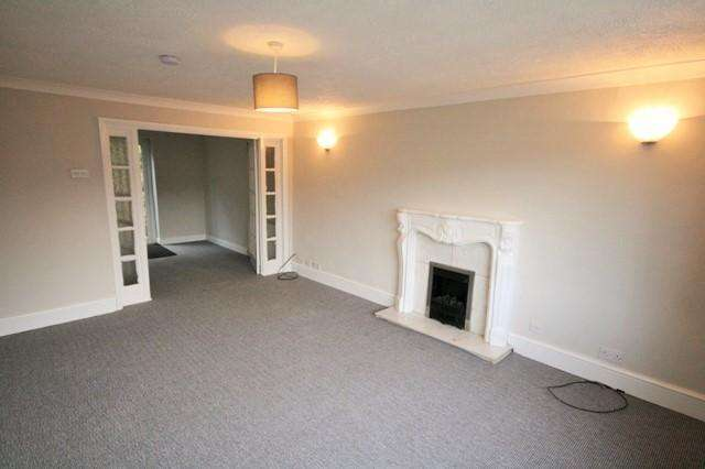 3 Bedrooms End Of Terrace House for rent in Leeds LS13