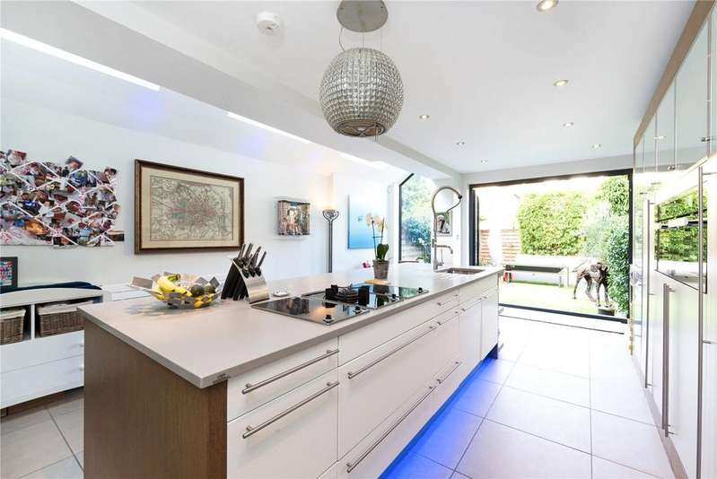4 Bedrooms Terraced House for sale in Narborough Street, South Park, Fulham, SW6