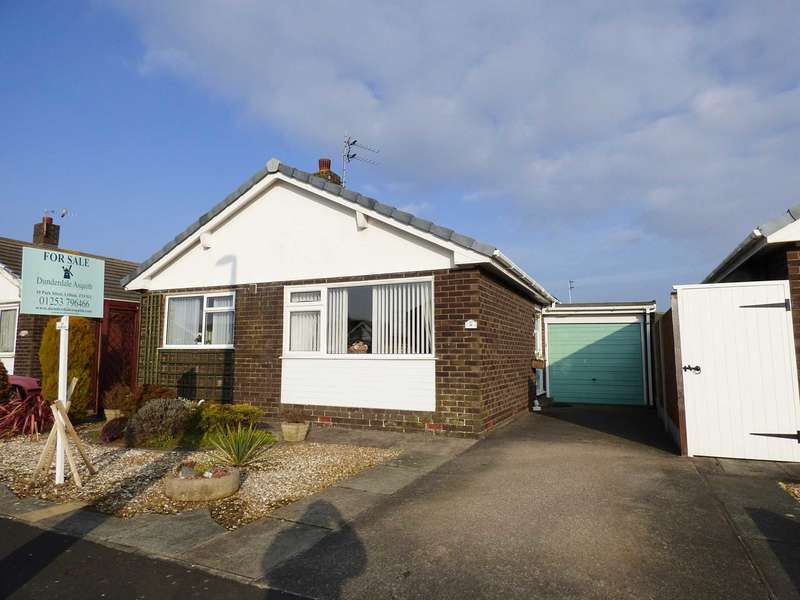 2 Bedrooms Detached Bungalow for sale in Rogerley Close, South Park, Lytham