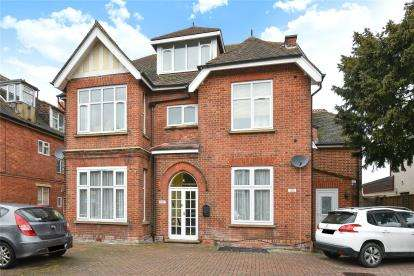 2 Bedrooms Flat for sale in Highland Road, Bromley