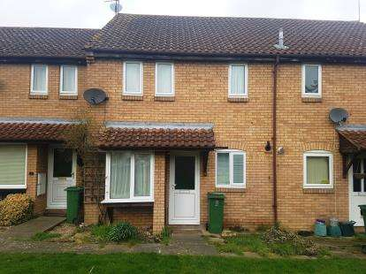 1 Bedroom Terraced House for sale in Foster Close, Aylesbury, Buckinghamshire