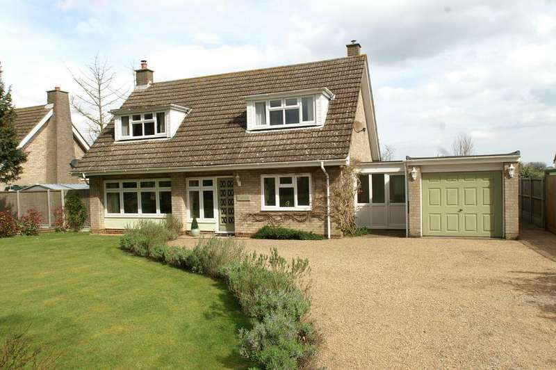 3 Bedrooms Chalet House for sale in 11 Links View, Newton, Sudbury CO10