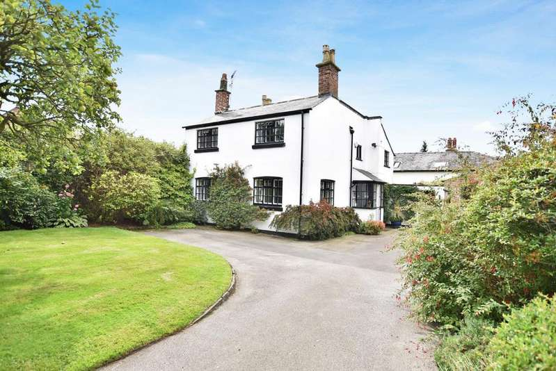3 Bedrooms Detached House for sale in Green Walk, Bowdon