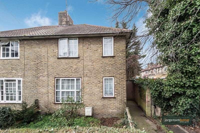 3 Bedrooms House for sale in Bentworth Road, Shepherds Bush, London, W12 7AL