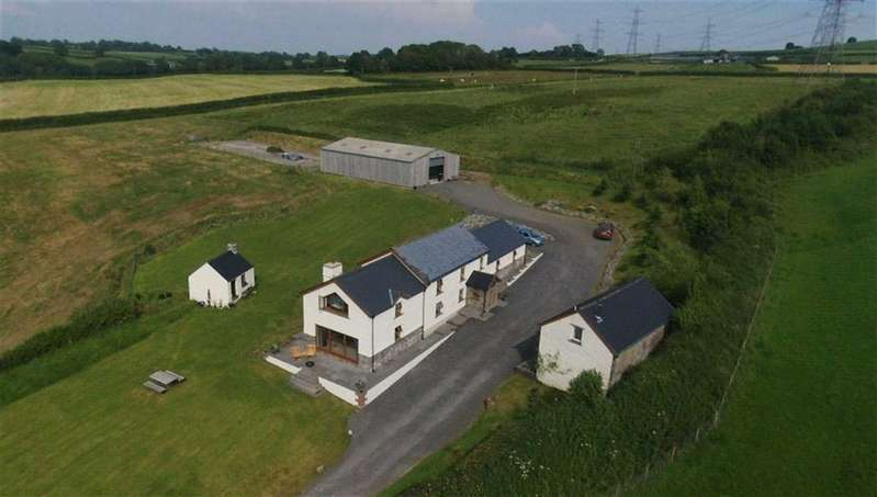 3 Bedrooms Property for sale in Llandyfaelog, Kidwelly