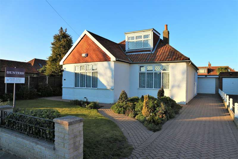 4 Bedrooms Detached Bungalow for sale in Dorcis Avenue, Bexleyheath, Kent, DA7 4RL