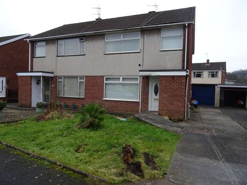 3 Bedrooms Detached House for rent in Woodland Avenue, Pencoed, Bridgend, CF35 6UW