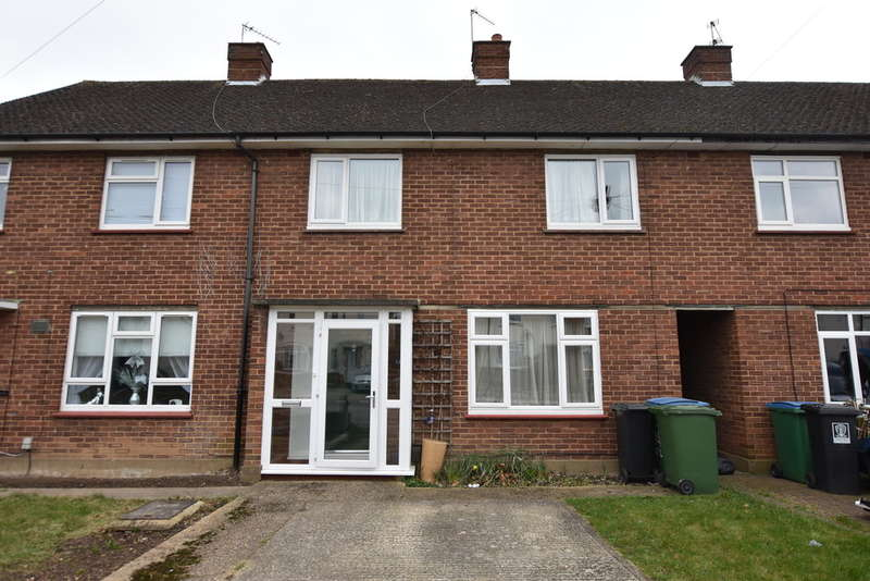 3 Bedrooms Terraced House for sale in Cuffley Avenue, Garston Watford