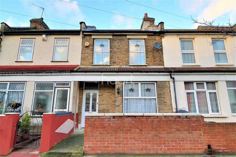 2 Bedrooms Terraced House for sale in Roman Road, Ilford, Essex