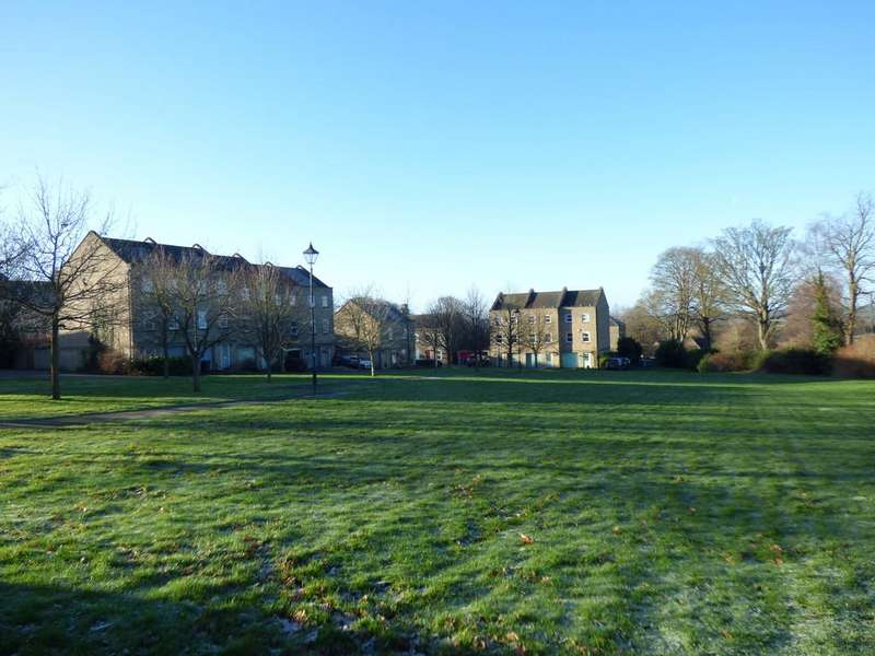 3 Bedrooms Town House for sale in Norton Park, Chipping Norton