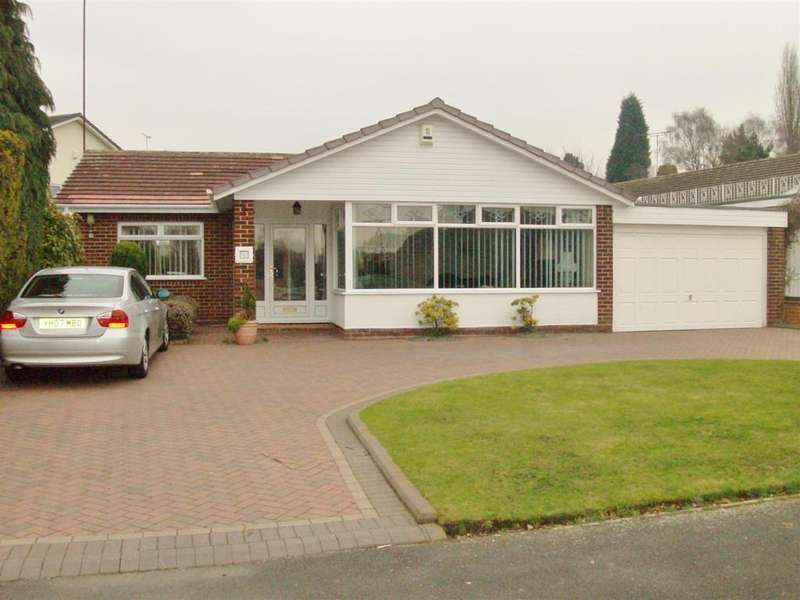 2 Bedrooms Detached Bungalow for sale in Greaves Avenue, Walsall