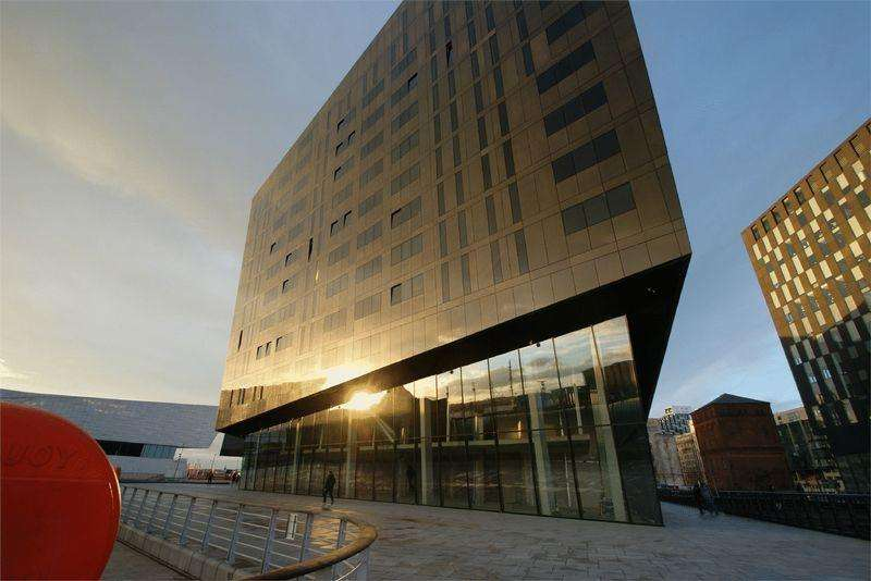 3 Bedrooms Apartment Flat for sale in Mann Island, Liverpool