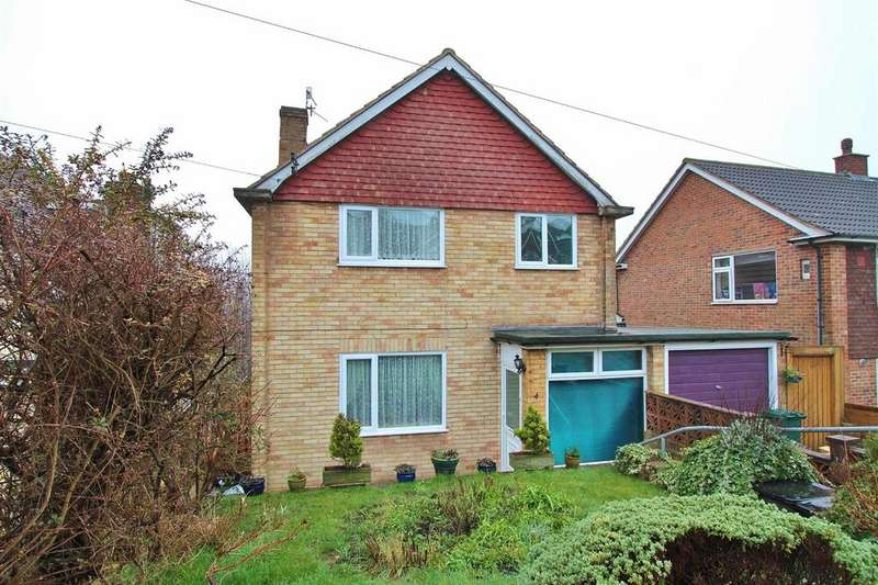 4 Bedrooms Detached House for sale in Crespin Way