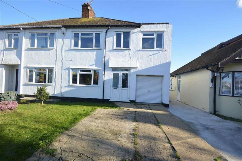 3 Bedrooms Town House for sale in Ashingdon Road, Rochford, Essex