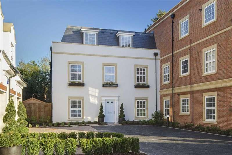 4 Bedrooms House for sale in Bolingbroke Close, Hadley Wood, Hertfordshire