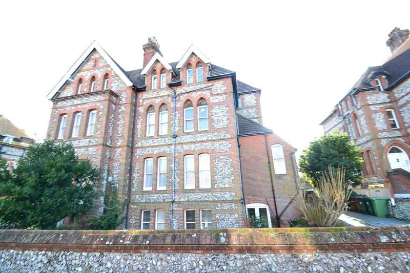 2 Bedrooms Flat for sale in Furness Road, Eastbourne