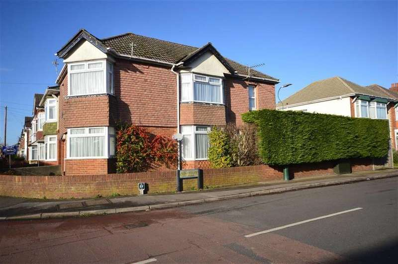 4 Bedrooms Detached House for sale in Hankinson Road, Bournemouth, Dorset, BH9
