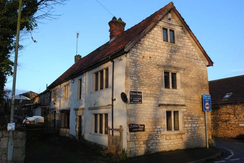 3 Bedrooms Detached House for sale in High Street, Braithwell