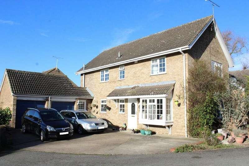 4 Bedrooms Detached House for sale in Chase Hill Road, Arlesey, SG15