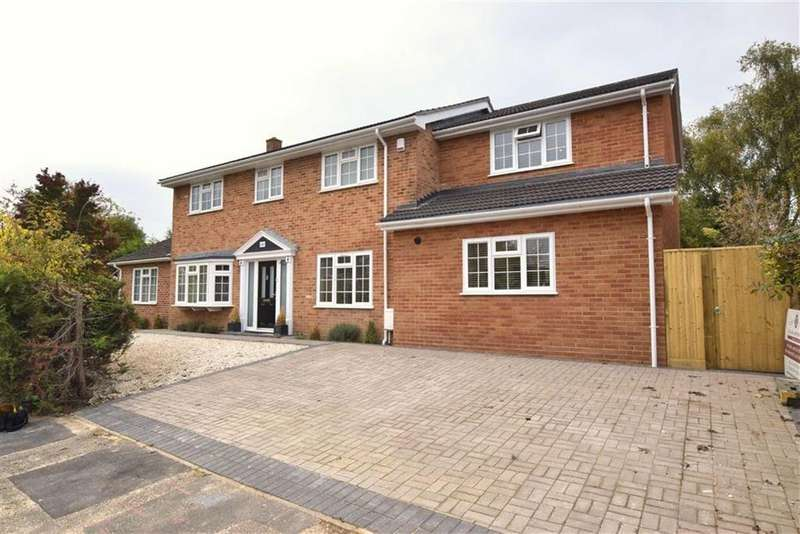 5 Bedrooms Detached House for sale in Lowfield Green, Caversham, Reading