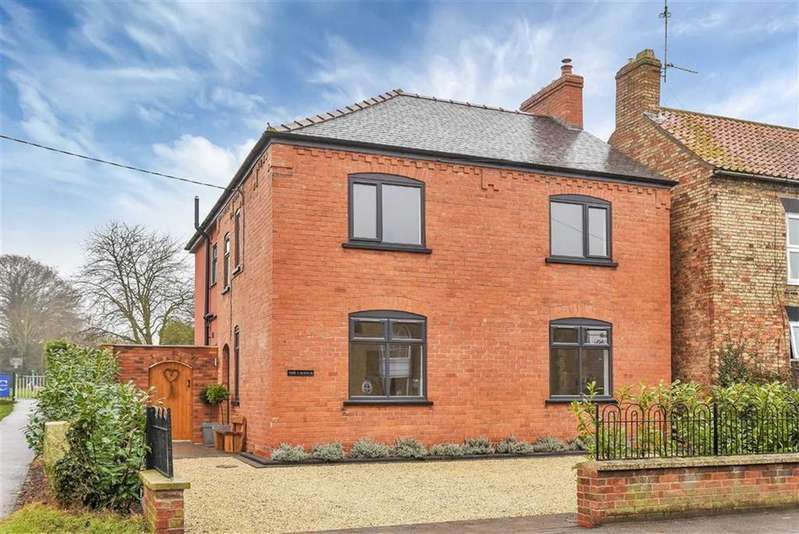 4 Bedrooms Detached House for sale in Main Street, Scothern, Lincoln, Lincolnshire