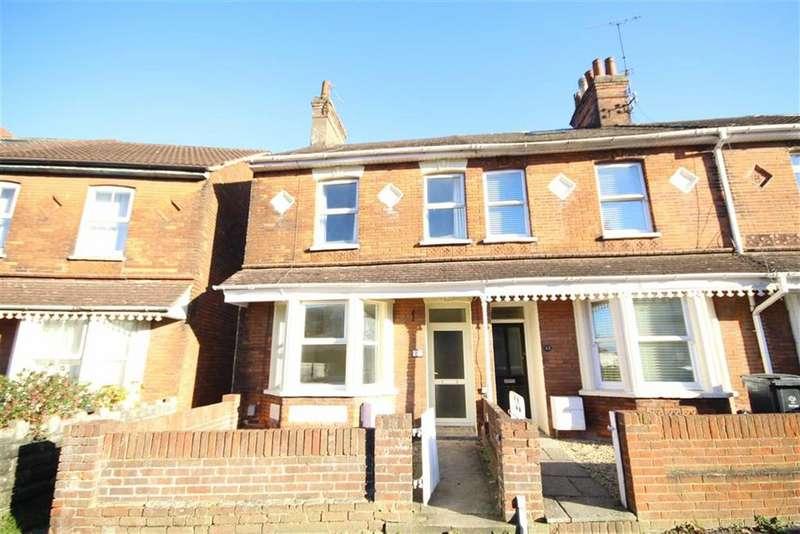 3 Bedrooms Terraced House for rent in Hunt Street, Swindon, Wiltshire