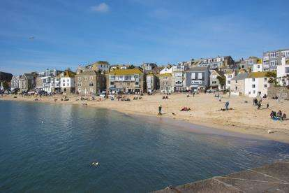 2 Bedrooms Flat for sale in The Wharf, St. Ives, Cornwall