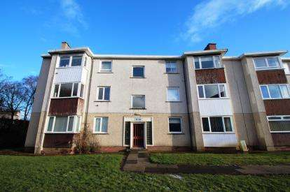 2 Bedrooms Flat for sale in Valleyfield, Westwood