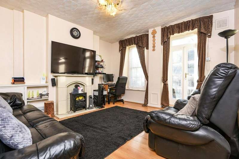 4 Bedrooms Flat for sale in Ferndale Road, Brixton