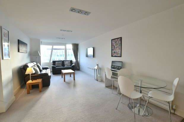 2 Bedrooms Apartment Flat for sale in One Park West , 3 Kenyons Steps, Liverpool