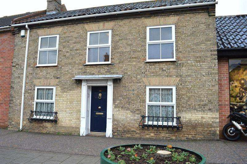 4 Bedrooms Terraced House for sale in High Street Watton
