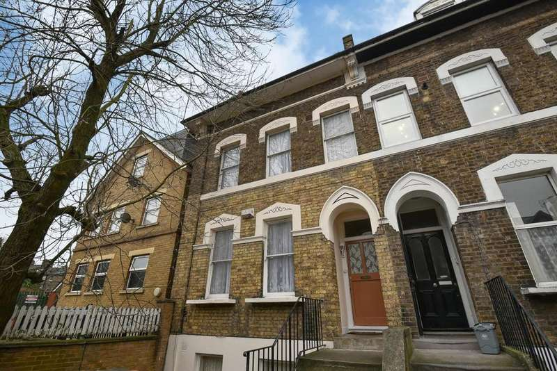 5 Bedrooms Semi Detached House for sale in Morley Road, Lewisham