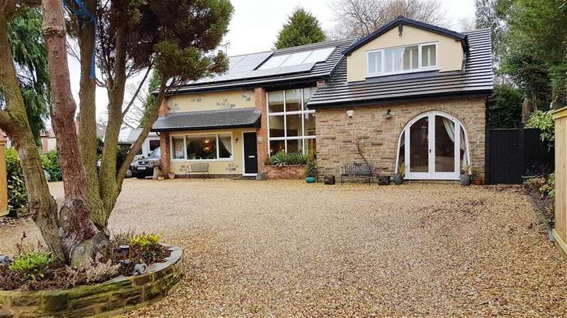 4 Bedrooms Detached House for sale in Lacey Close, Wilmslow