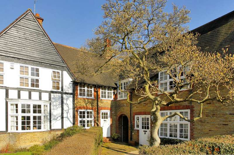 3 Bedrooms Cottage House for sale in Westholm, Hampstead Garden Suburb, NW11