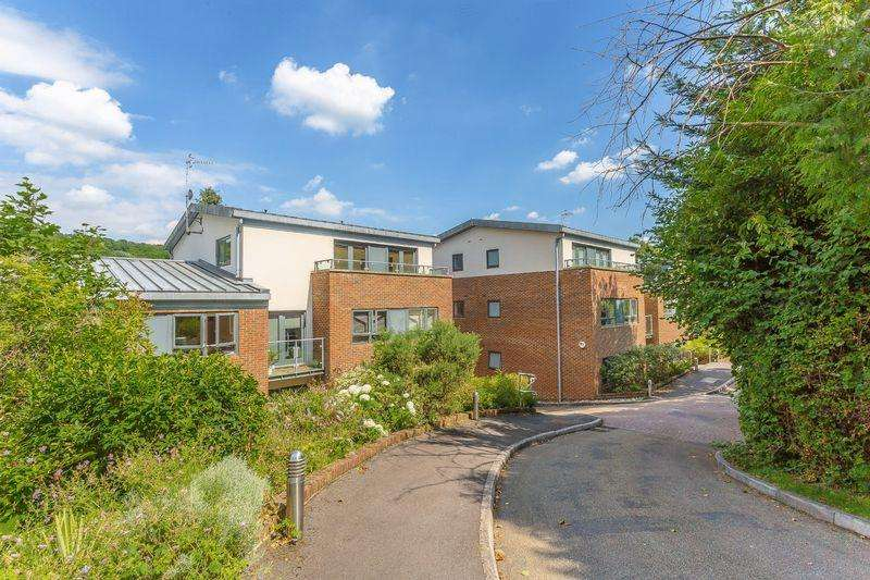 1 Bedroom Apartment Flat for sale in Valley Road, Kenley