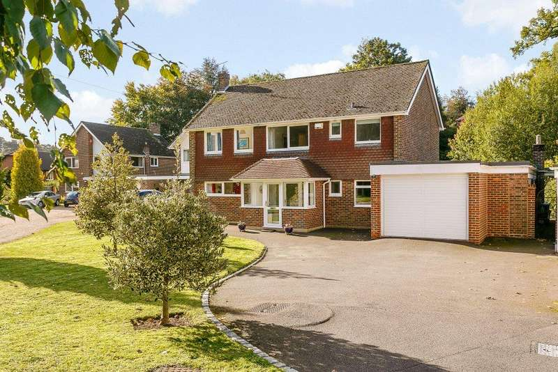 4 Bedrooms Detached House for sale in Crownfields, Sevenoaks, Kent
