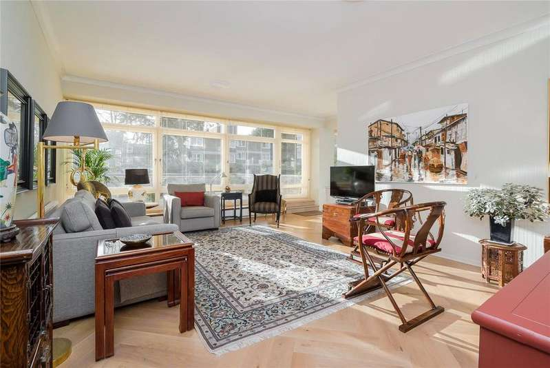 2 Bedrooms Flat for sale in Somerset House, Somerset Road, SW19