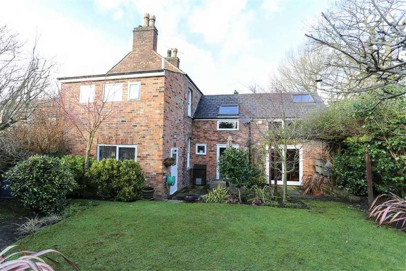 4 Bedrooms Detached House for sale in Grange Lane, Didsbury, Manchester