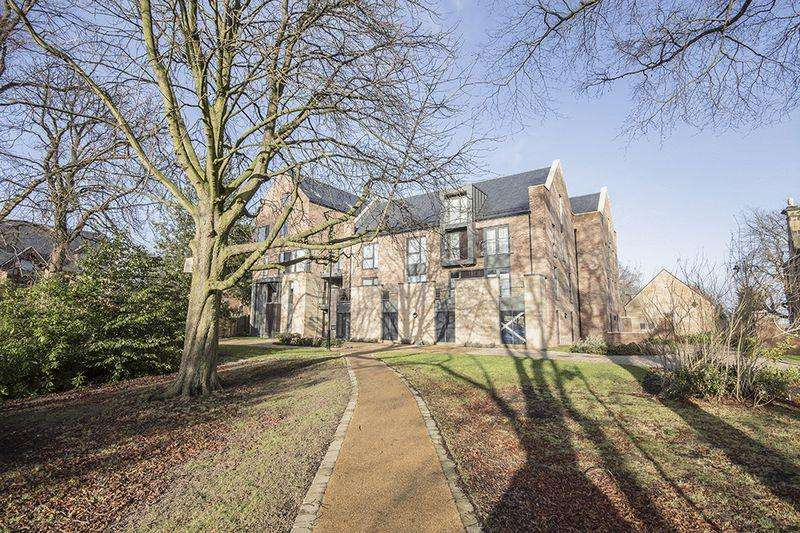 2 Bedrooms Apartment Flat for sale in Melrose House (La Sagesse) , Newcastle Upon Tyne