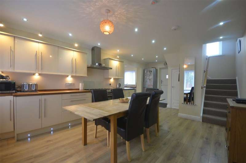 4 Bedrooms Semi Detached House for sale in Leam Lane