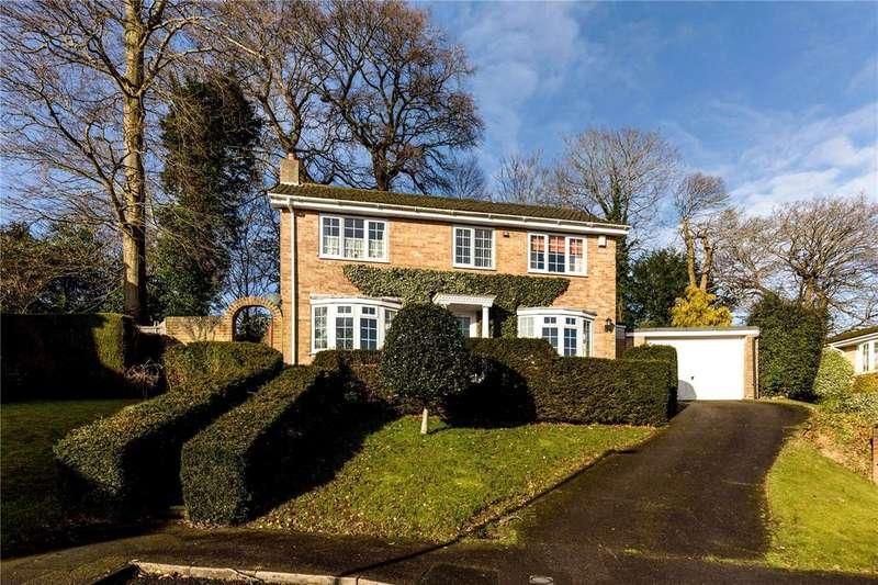 3 Bedrooms Detached House for sale in Guillards Oak, Midhurst, West Sussex