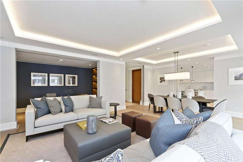 3 Bedrooms Flat for rent in St James's Street, St James's, London, SW1A