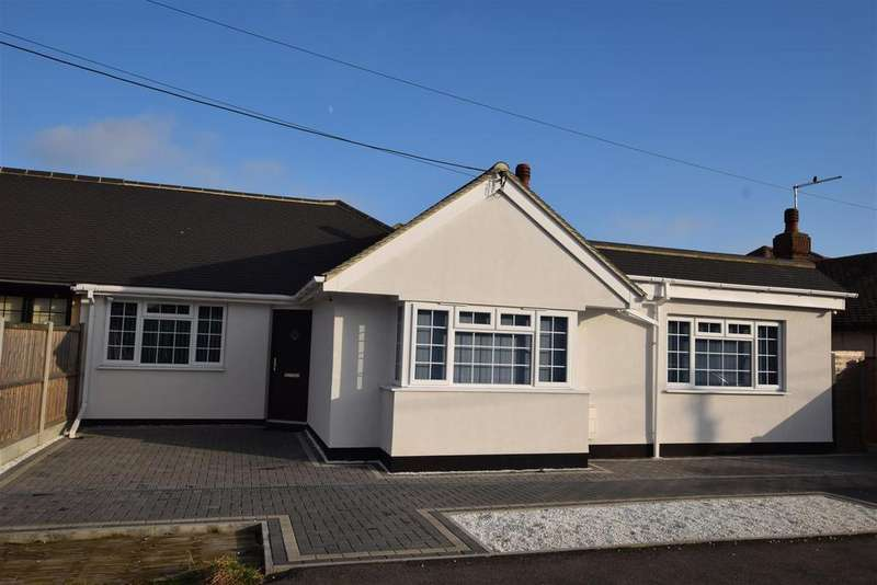 3 Bedrooms Semi Detached Bungalow for sale in Southfalls Road, Canvey Island