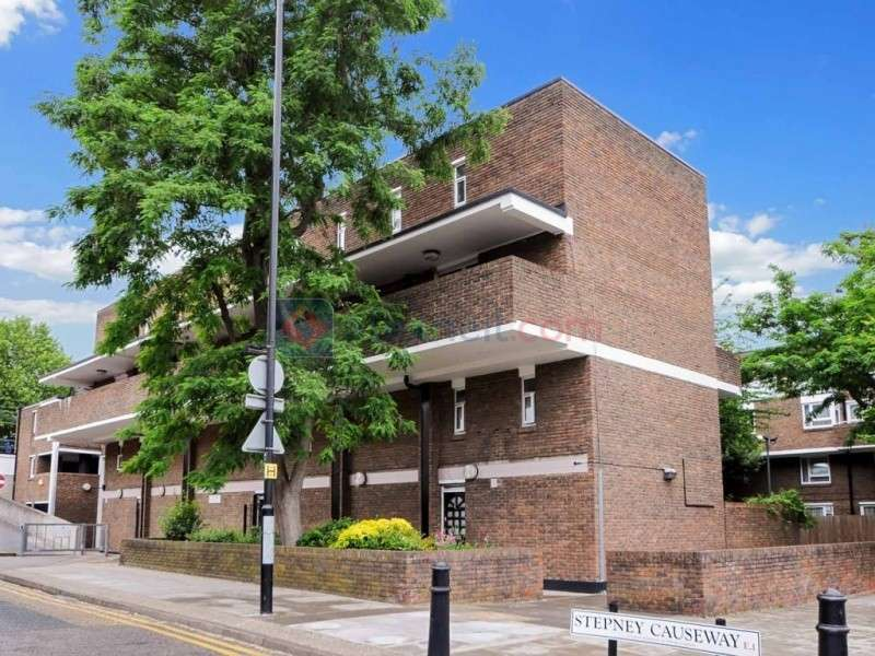2 Bedrooms Flat for sale in Stepney Causeway, Stepney E1