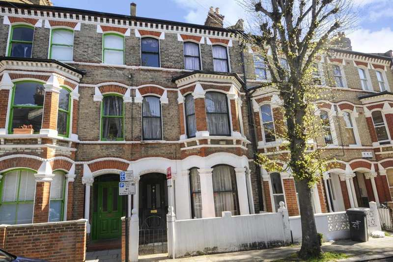 5 Bedrooms Terraced House for sale in St. Luke's Avenue, Clapham