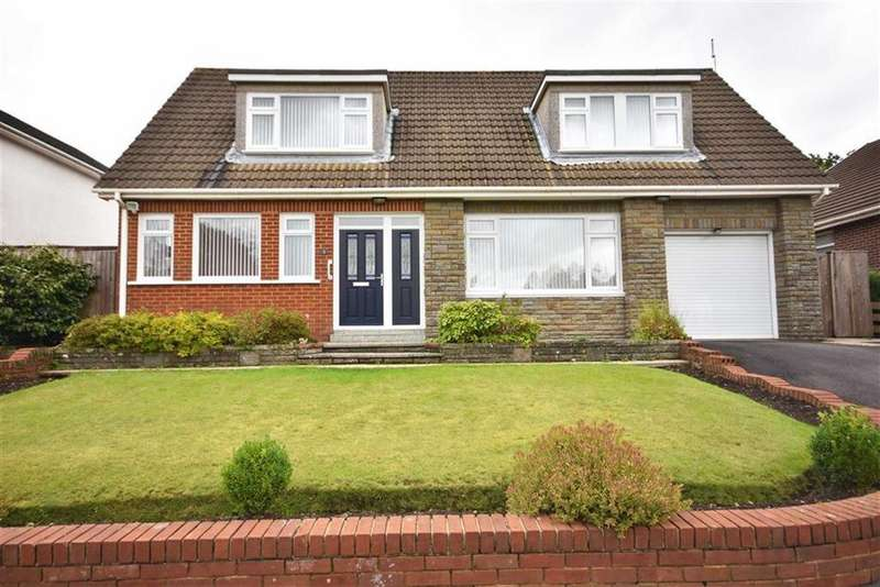 4 Bedrooms Detached House for sale in Highfield Close, Neath
