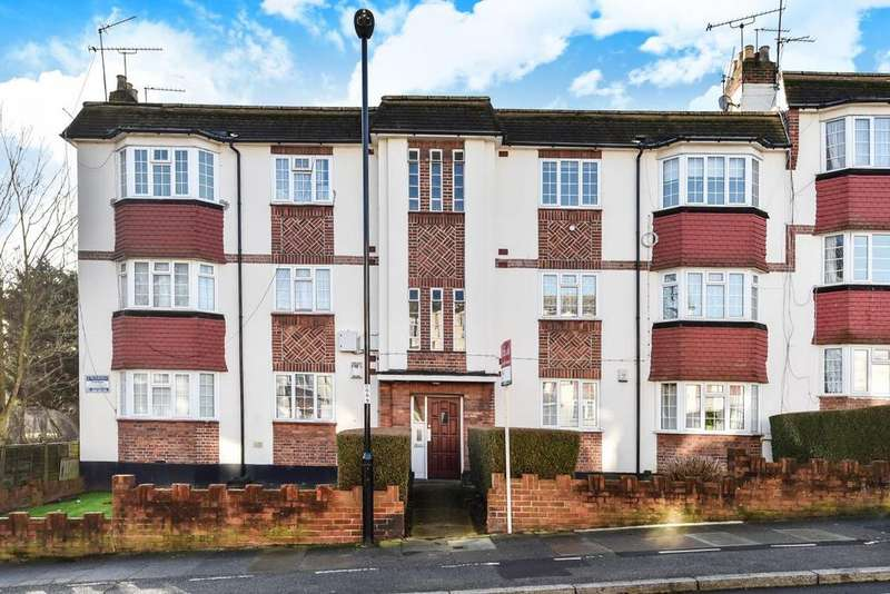 2 Bedrooms Flat for sale in Amblecote Road, Grove Park